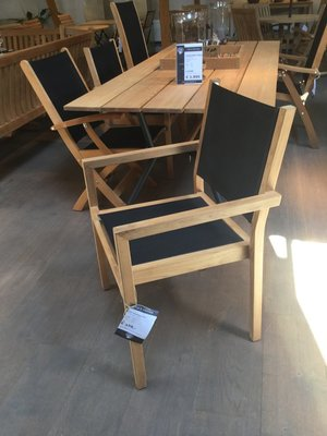 Showroom Kate Stacking Chair